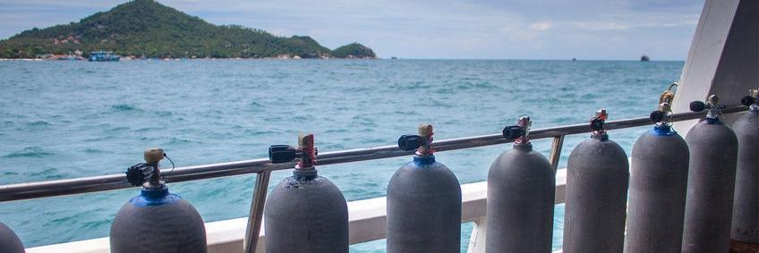 keuren en testen duikfles cilinder
